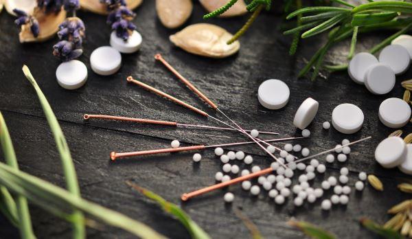 Agopuntura e fitoterapia per la fertilità